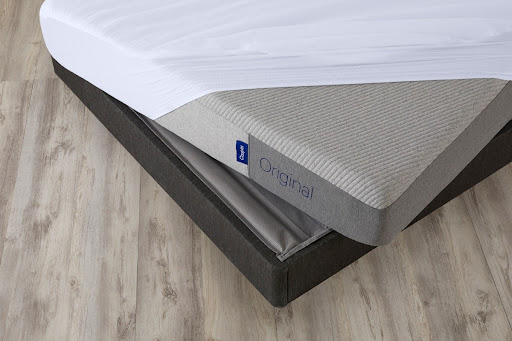 Mattress that slided off the bed