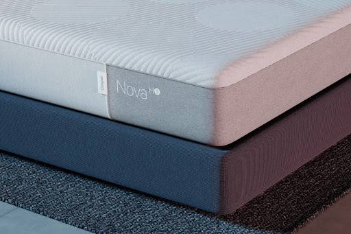 Stacked cooling mattresses